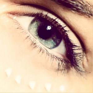 этапы ухода за кожей глаз