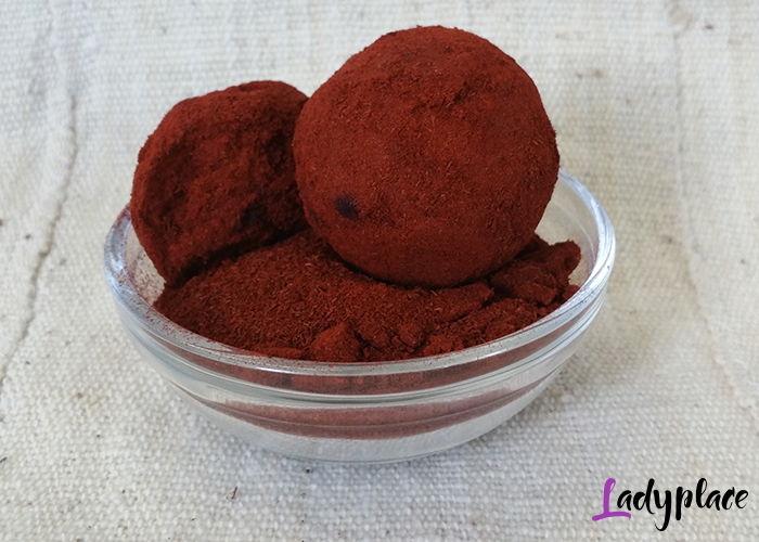 красная косметическая глина