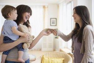 Няня для ребенка: как правильно выбрать нянечку для малыша?
