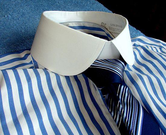 накрахмаленый воротник рубашки