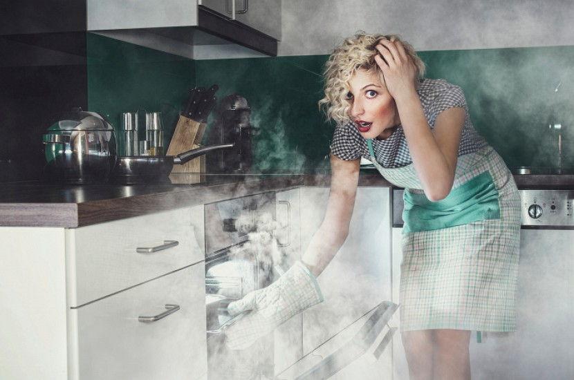 Как избавиться от запаха гари подручными средствами
