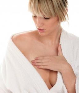 Почему болит женская грудь, и когда это опасно